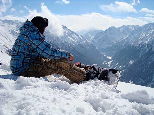 Зимний туристический сезон в Кыргызстане находится под угрозой срыва